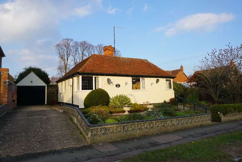 3 Bedrooms Detached Bungalow for sale in SPRING LANE, OLNEY
