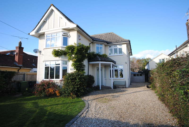 4 Bedrooms Detached House for sale in West Lynne, Cheddar
