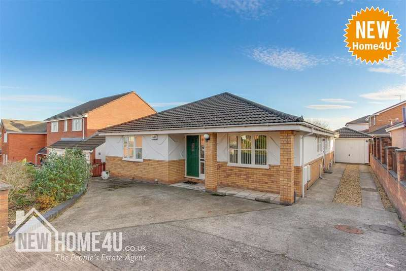 4 Bedrooms Detached Bungalow for sale in Greenbank Drive, Flint