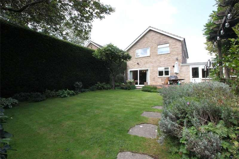 3 Bedrooms Detached House for sale in Loddon Bridge Road, Woodley, Reading, Berkshire, RG5