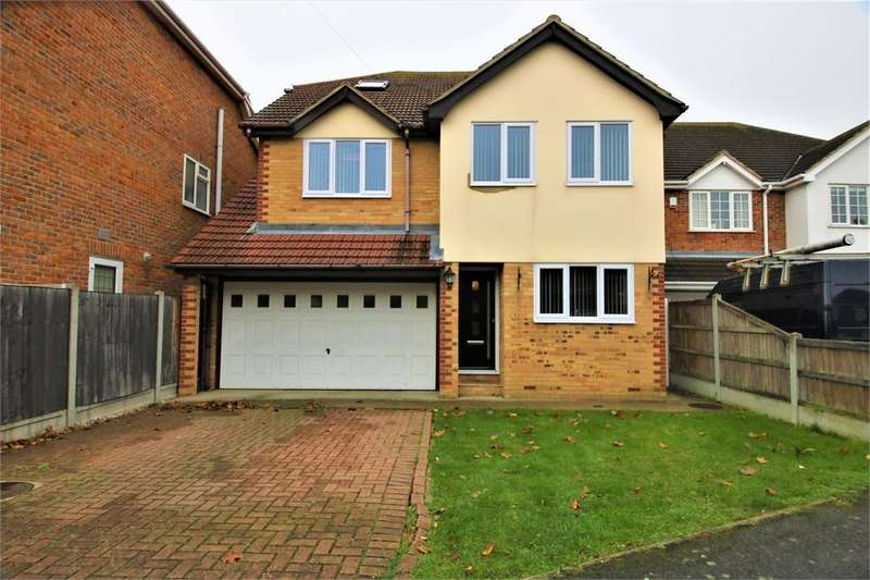 5 Bedrooms Detached House for sale in Derventer Avenue, CANVEY ISLAND, Essex