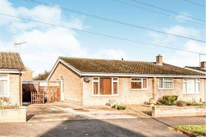 2 Bedrooms Bungalow for sale in Torridge Rise, Bedford, Bedfordshire, .