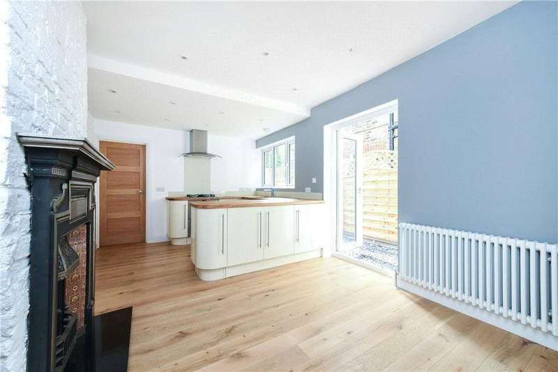 4 Bedrooms Terraced House for sale in Fallsbrook Road, London, SW16