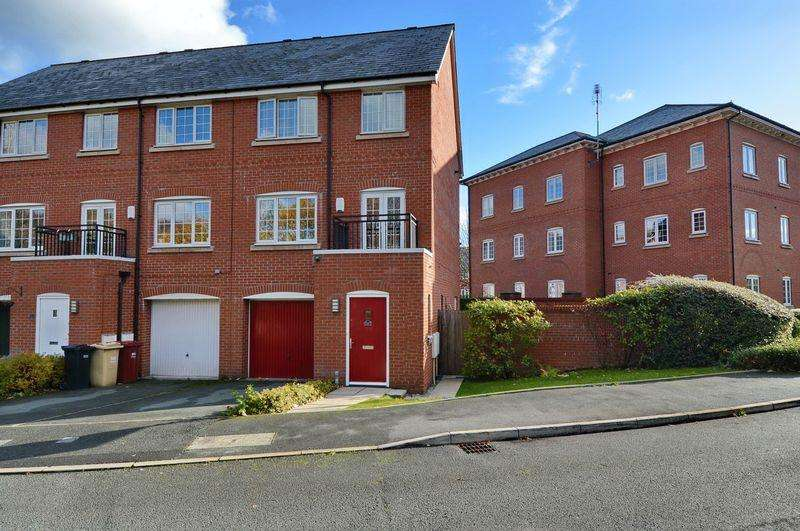 4 Bedrooms Town House for sale in Weaver Chase, Radcliffe, Manchester