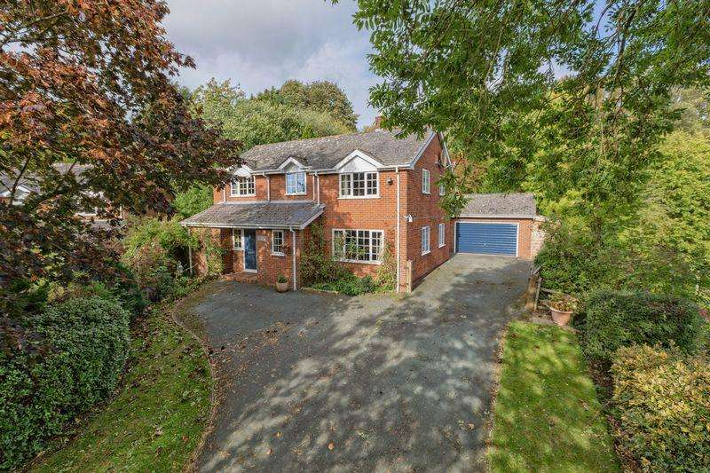 4 Bedrooms Detached House for sale in Birch Road, Ellesmere, SY12