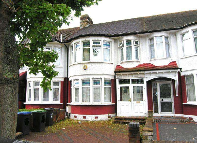 3 Bedrooms Terraced House for sale in Palmers Green N13