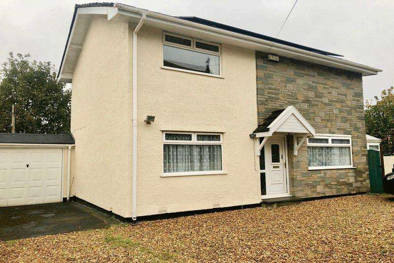 3 Bedrooms Detached House for sale in Fir Tree Lane, Bristol, BS5 8TZ