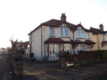 3 Bedrooms Semi Detached House for sale in Scott Avenue, Morecambe, Lancashire, United Kingdom, LA4