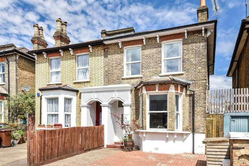 4 Bedrooms Semi Detached House for sale in Ashbourne Grove, East Dulwich