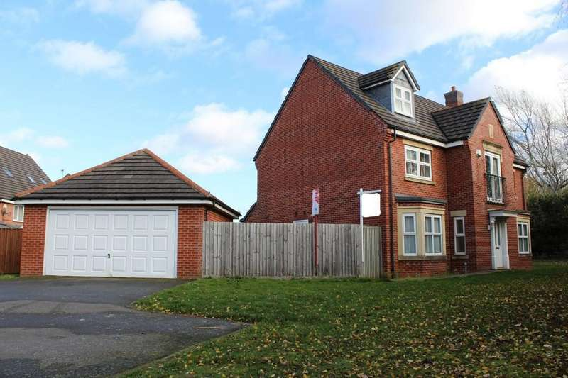 5 Bedrooms Detached House for sale in Sandhills Avenue, Hamilton, Leicester