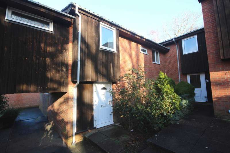 3 Bedrooms Terraced House for sale in Greenham Wood, Bracknell