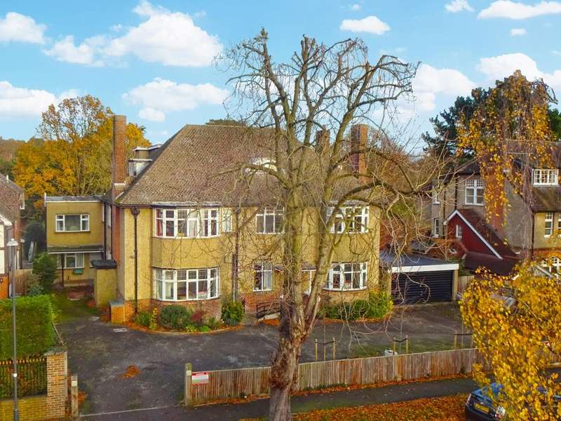 18 Bedrooms Detached House for sale in Oakleigh Road, Hatch End, Pinner Middlesex HA5