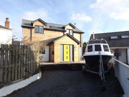 3 Bedrooms Detached House for sale in Portreath, Redruth, Cornwall