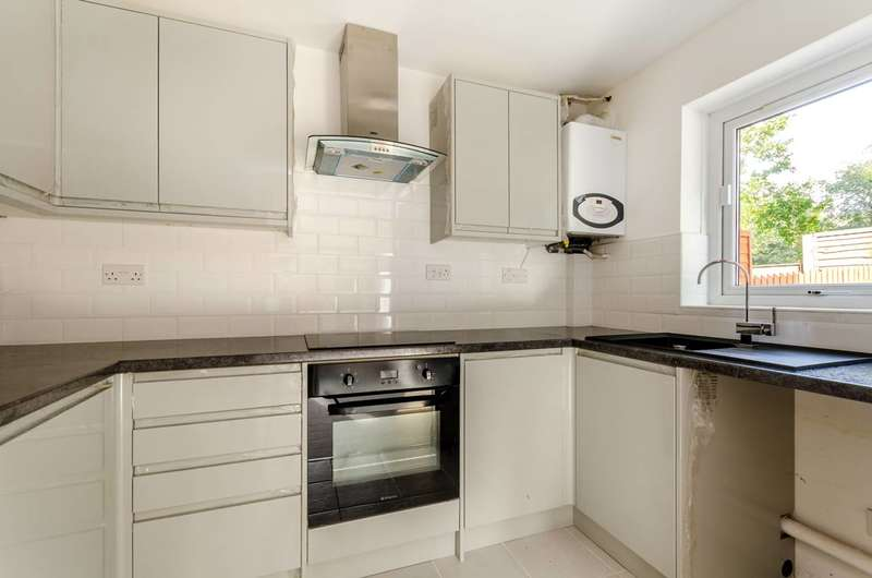 1 Bedroom Flat for sale in Crystal Palace Parade, Crystal Palace, SE19