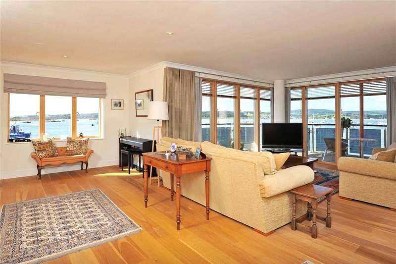3 Bedrooms Flat for sale in Regatta Court, Shelly Road, Exmouth, Devon, EX8