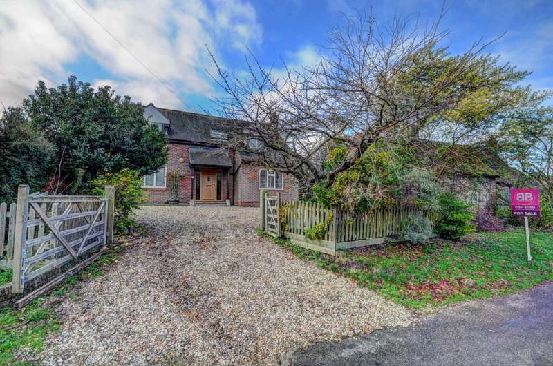 5 Bedrooms Detached House for sale in Hill Road, Lewknor