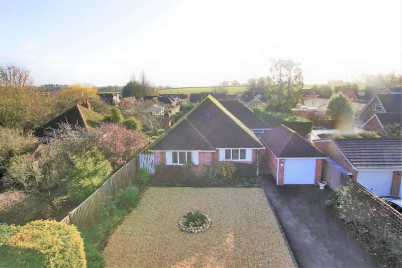 3 Bedrooms Detached Bungalow for sale in Bec Tithe, Whitchurch Hill, Reading, RG8