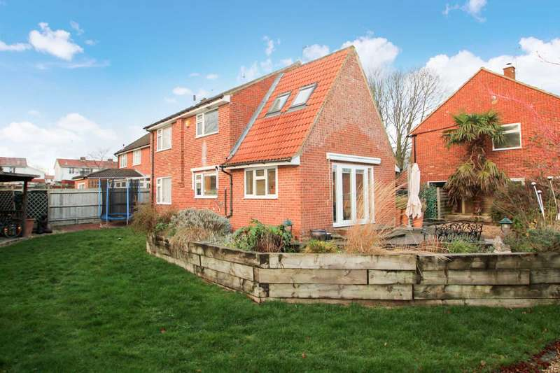 4 Bedrooms Detached House for sale in 4 DOUBLE BED DETACHED FAMILY HOME SET ON A LARGE CORNER PLOT