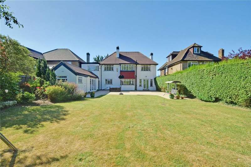 5 Bedrooms Detached House for sale in North Park, London, SE9