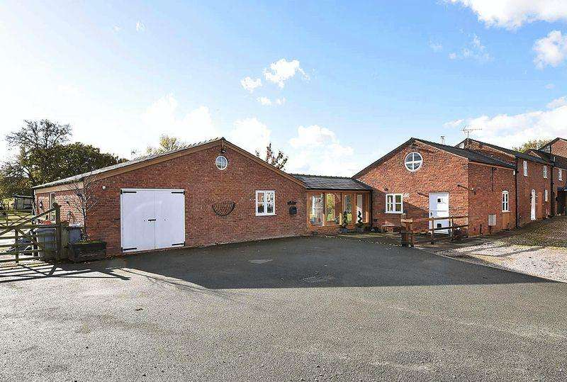 4 Bedrooms Barn Conversion Character Property for sale in Barn conversion with land in High Legh