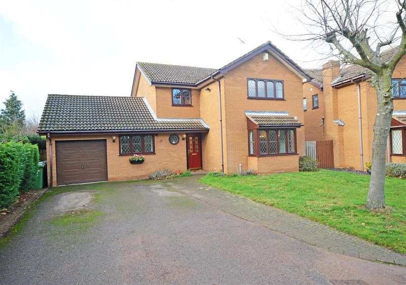 4 Bedrooms Detached House for sale in Shearwater, Orton Wistow, Peterborough
