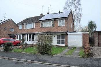 3 Bedrooms Semi Detached House for sale in 29 Chessington Crescent, Trentham, Stoke-on-Trent, ST4 8DP