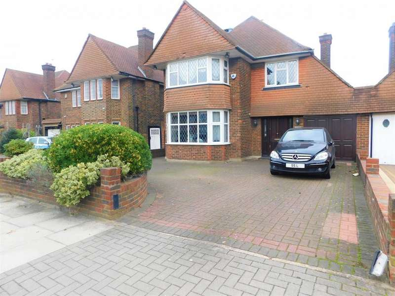 5 Bedrooms Detached House for sale in The Paddocks, Wembley, Middlesex, HA99HB