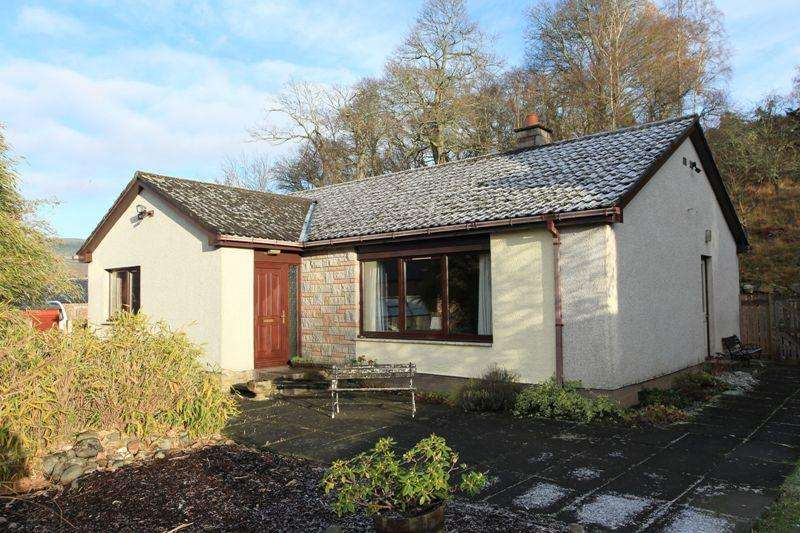 3 Bedrooms Detached Bungalow for sale in Urlar Road, Aberfeldy PH15