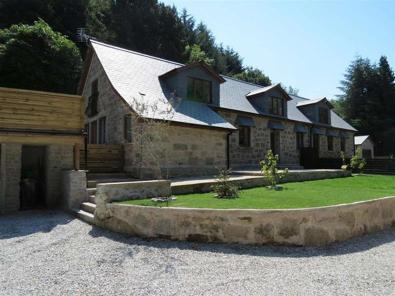4 Bedrooms Semi Detached House for sale in Carthew, St Austell