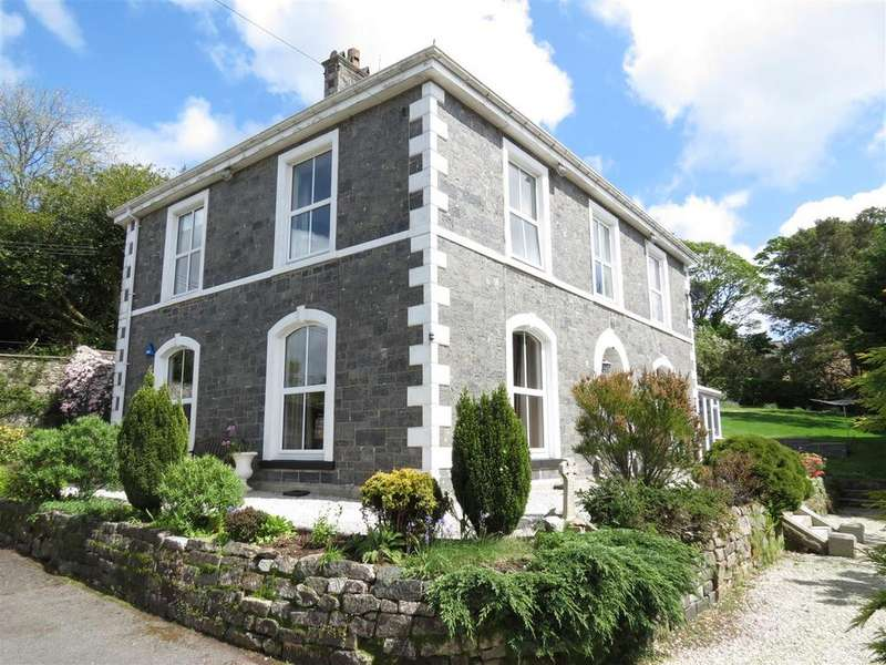 5 Bedrooms Detached House for sale in South Street, St. Austell