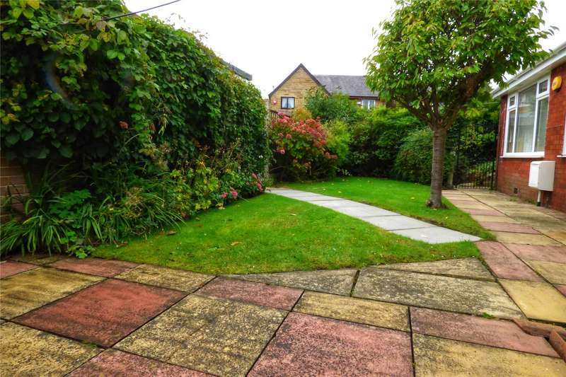 2 Bedrooms Detached Bungalow for sale in Greenacres Road, Oldham, Greater Manchester, OL4
