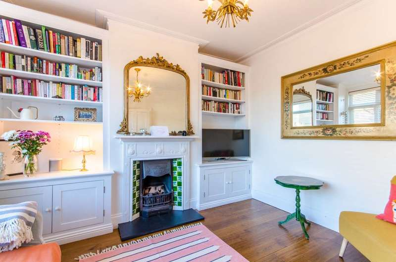 3 Bedrooms House for sale in Macdonald Road, Walthamstow, E17