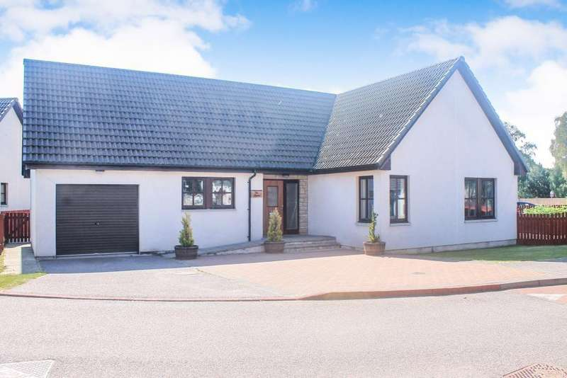 3 Bedrooms Detached Bungalow for sale in Davis Drive, Alness, IV17 0ZD