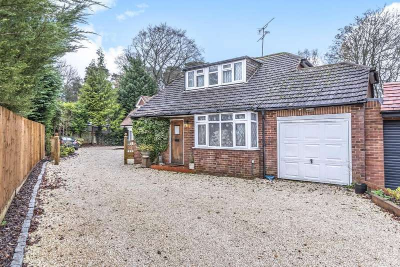 3 Bedrooms Detached House for sale in Sunninghill, Berkshire, SL5