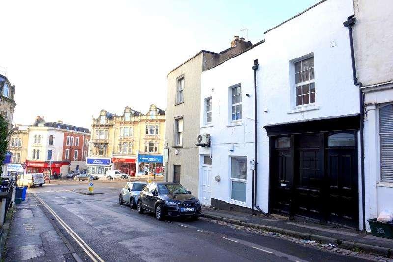 7 Bedrooms Maisonette Flat for rent in Grove Road, Redland, Bristol, BS6