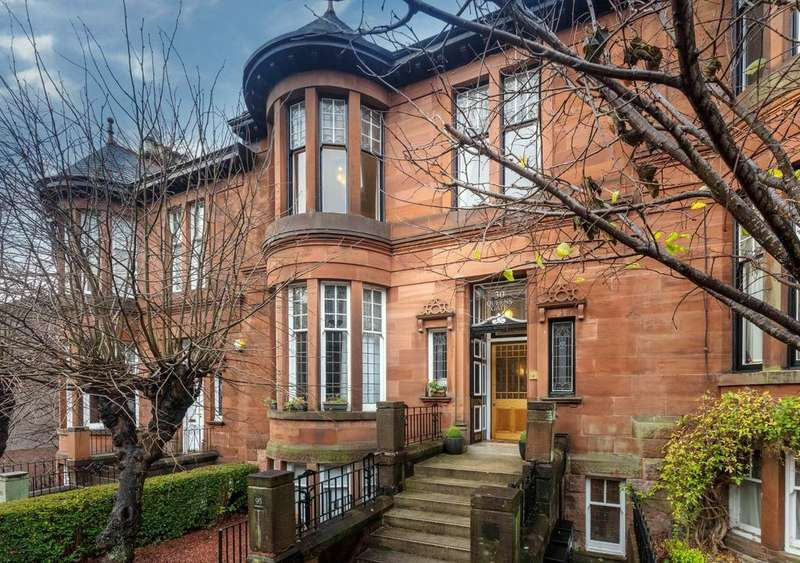 4 Bedrooms Triplex Flat for sale in 95 Dowanhill Street, Dowanhill, G12 9EQ