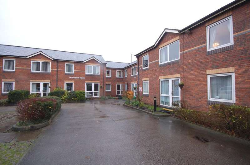 1 Bedroom Retirement Property for sale in Homebeck House, Gatley, Cheshire SK8