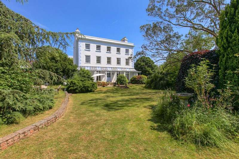 7 Bedrooms Detached House for sale in Ebford, Exeter