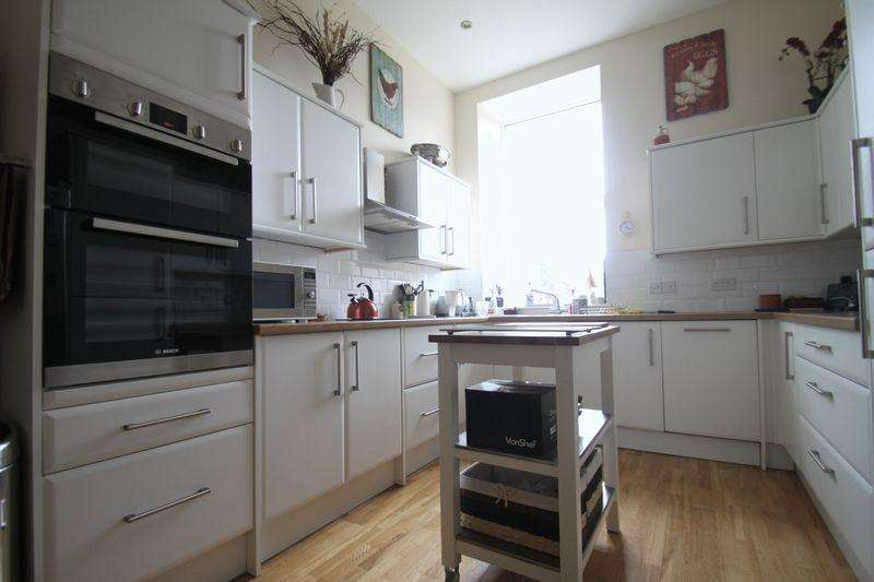 3 Bedrooms Semi Detached House for sale in Brynrefail, Gwynedd