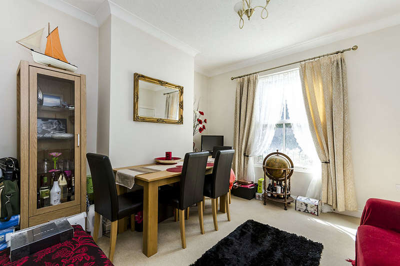 8 Bedrooms Flat for sale in Victoria Road, Netley Abbey, Southampton, SO31