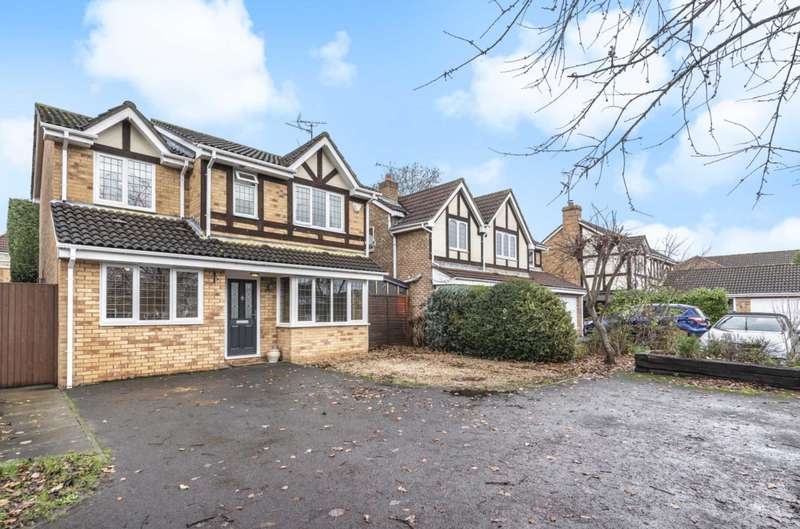 3 Bedrooms Detached House for sale in Kensington Close, Lower Earley