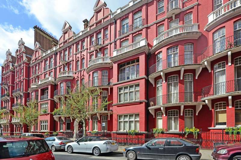 5 Bedrooms Flat for sale in Hyde Park Mansions, Marylebone, NW1