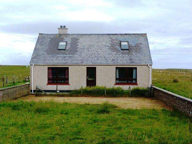4 Bedrooms Detached House for sale in 29 Cross, Ness, Isle of Lewis HS2