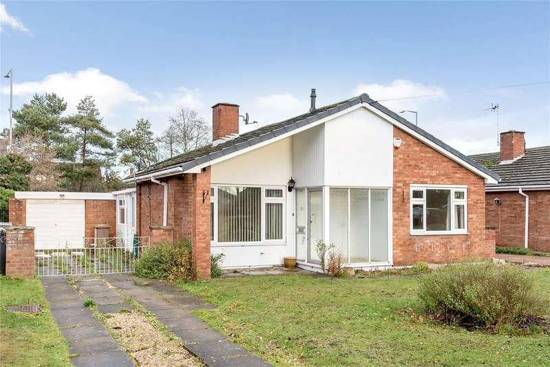 3 Bedrooms Detached Bungalow for sale in Esk Close, North Hykeham, LN6