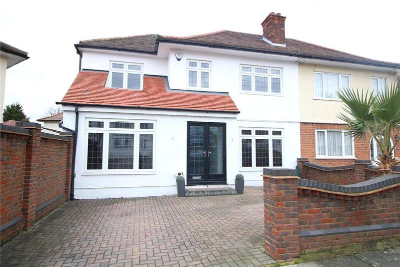 4 Bedrooms Semi Detached House for sale in Dominion Drive, Romford, RM5