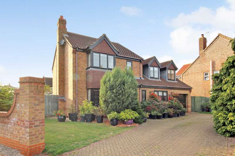 4 Bedrooms Detached House for sale in Poachers Meadow, Nettleham, Lincoln, LN2 2WE