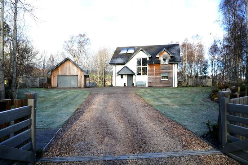 4 Bedrooms Detached House for sale in Kincraig, PH21 1QD