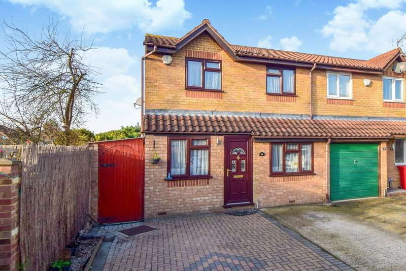 3 Bedrooms End Of Terrace House for sale in Walpole Road, Slough, SL1