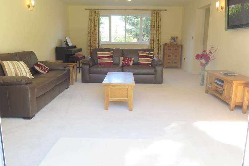 5 Bedrooms Detached House for sale in GEFFERS RIDE, BURLEIGH ROAD, ASCOT, ROYAL BERKSHIRE, SL5 7JZ