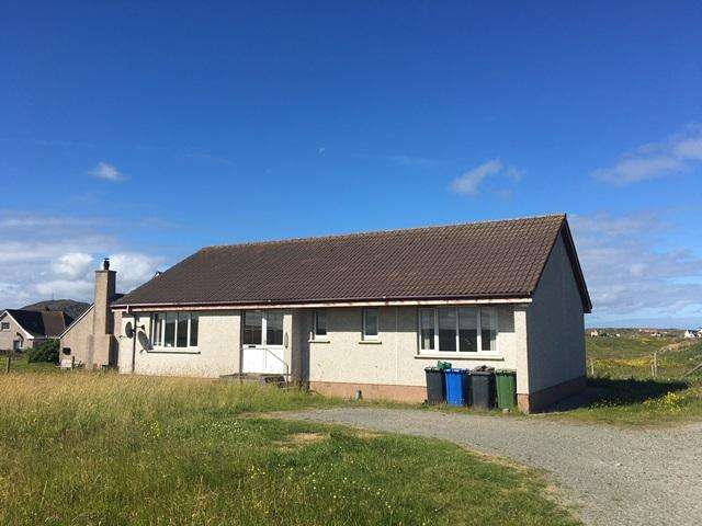 3 Bedrooms Detached House for sale in 50 North Shawbost, Isle of Lewis HS2